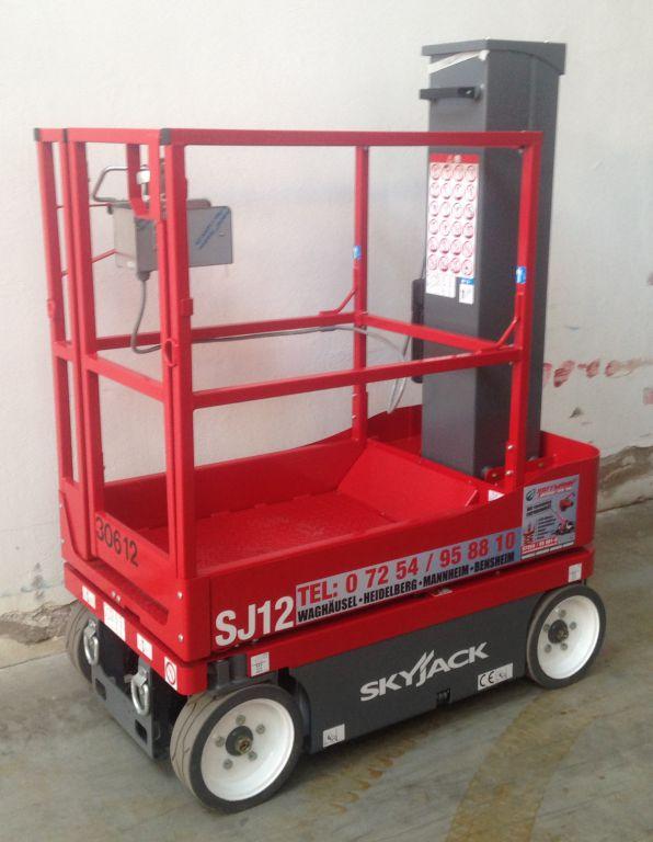 SkyJack SJ12