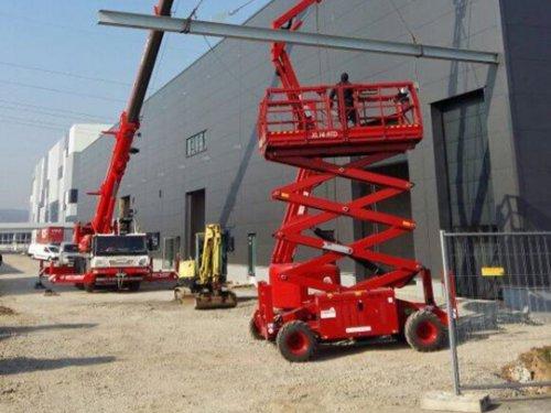 Diesel Scherenarbeitsbühne 4x4 14m Arbeitshöhe
